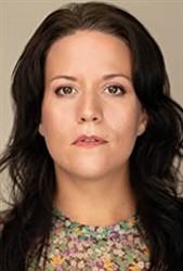Julia-Maria Arnolds